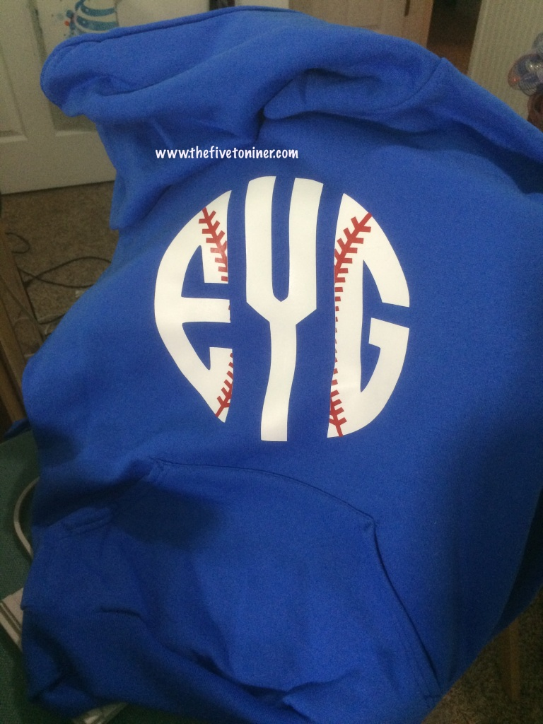 Layering HTV!  I really think this is my new favorite thing to do with my Cameo!!!  It was so much fun, and sooo easy!  And I think this baseball monogram turned out fantastic!!!  Definitely gives it something extra!!